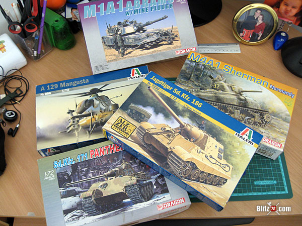 Recommended sites - pile of 1/72  kits on the bench