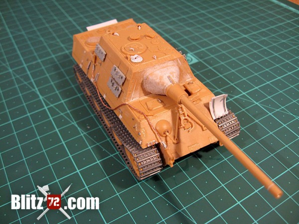 Improved Italeri Jagdtiger scale model