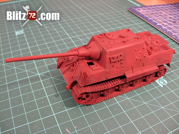 Preshading red oxide Jagdtiger 1/72 scale model kit