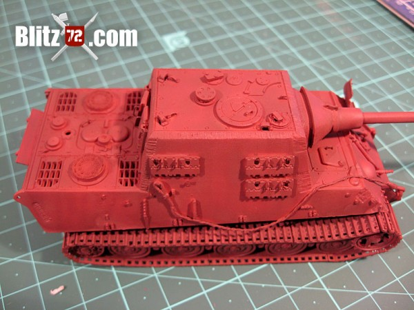 Red oxide primer Jagdtiger 1/72 scale model kit
