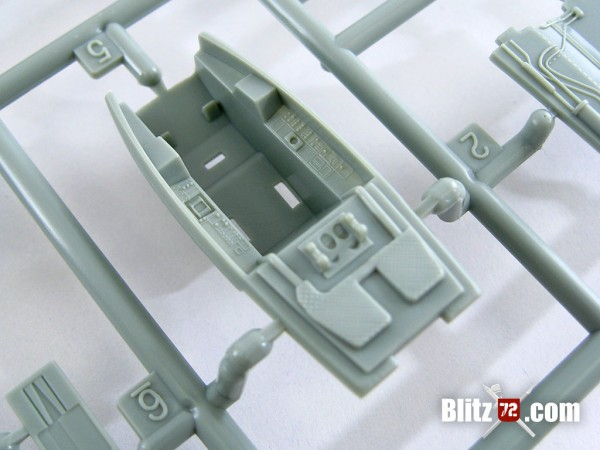 Academy F-22A Air Dominance Fighter kit #12423 interior