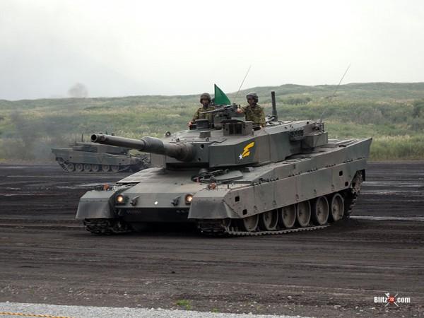 JGSDF TYPE 90 TANK leaning forward suspension
