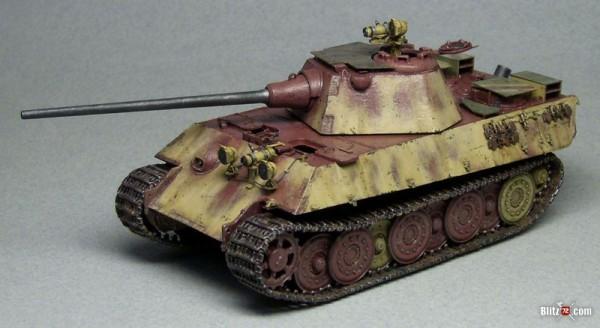 1/72 Night Fighting Panther Ausf. F Tank