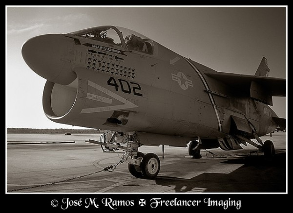 LTV A-7E Corsair II - VA-72 - Photo by José Ramos