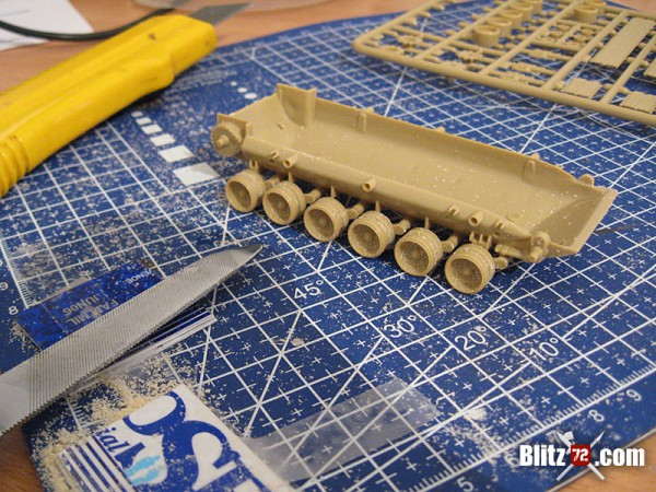 1/72 ESCi M-60 running gear correction