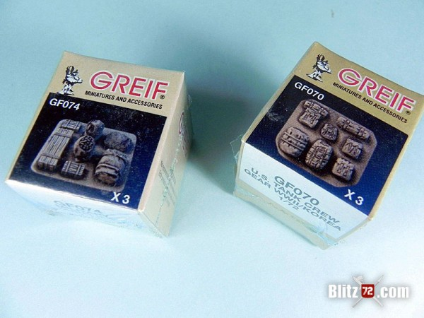 Greif 1/72 crew grear resin set