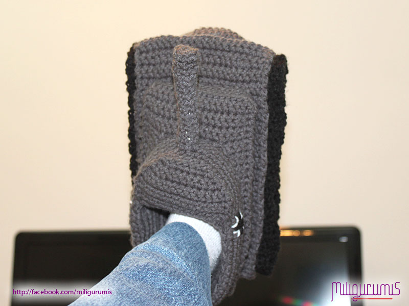 Panzer Tank Slippers... in Crochet Pattern? Blitz72.com