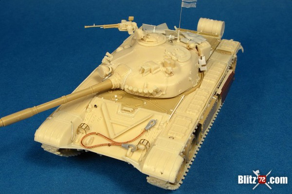 Alex Clark 1/72 Rebel captured Libyan T-72M1