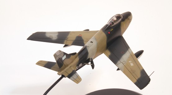 Argentine Air Force F-86F Sabre - HobbyBoss - 1/72